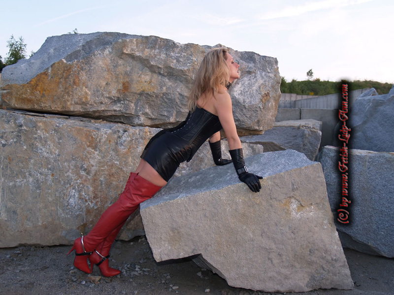 Fetish Vanessa - Lady Vanessa's Guest Gallery fetish-lady-ann Image LadyAnn_stone