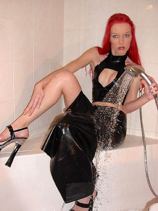 Fetish Vanessa - Lady Vanessa's Guest Gallery fetish-life Image wetlook09.450x600