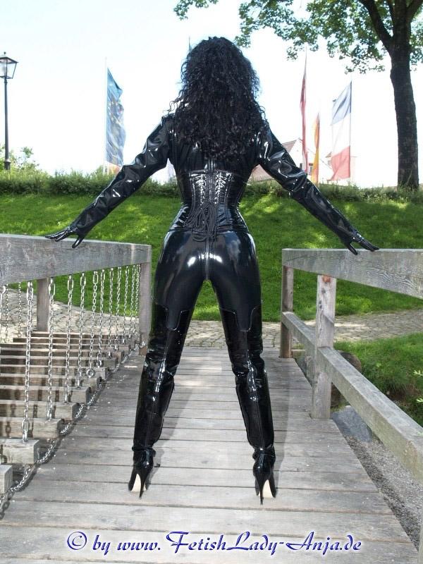 Anja fetish lady leather fetish