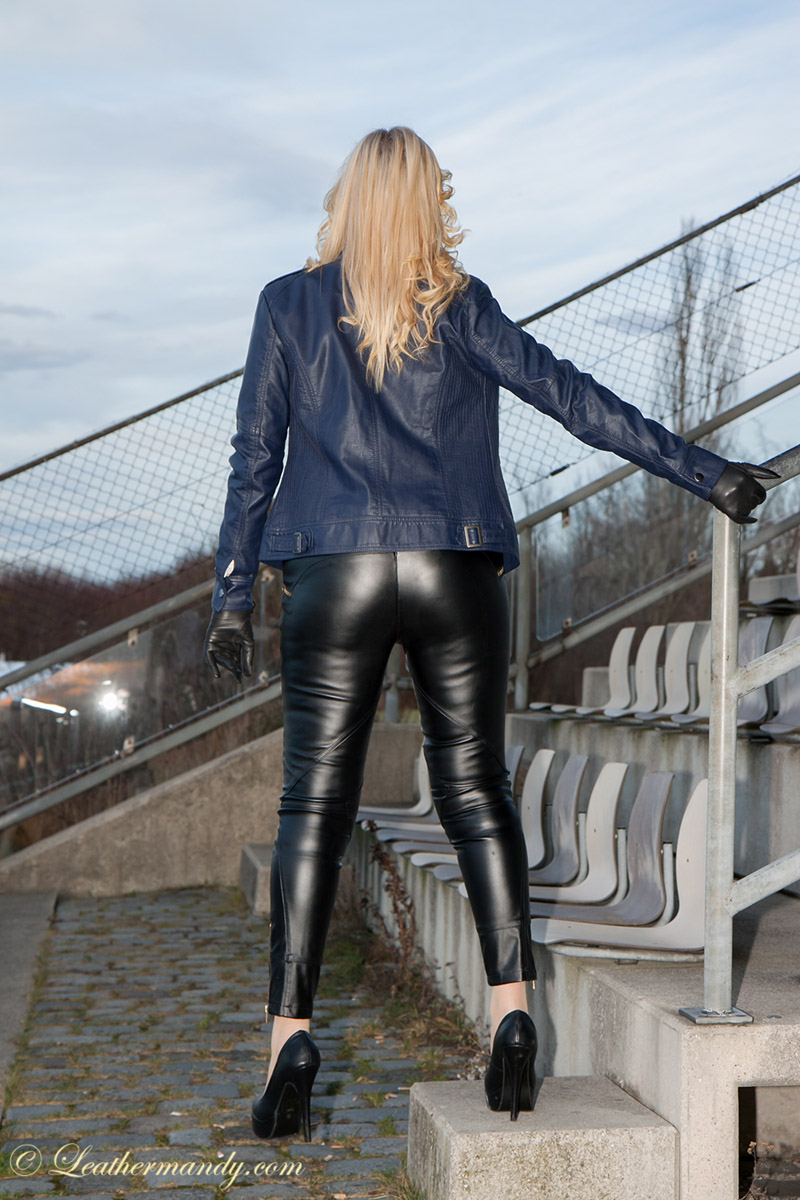 Fetish Vanessa - Lady Vanessa Gästegalerie leathermandy Bild leathermandy0117742
