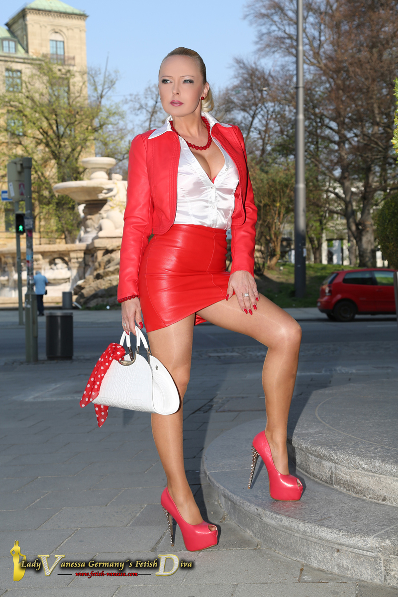 Lady Vanessa Fetish Diva in leather and satin blouse with high heels