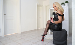 Lady Vanessa HD Video